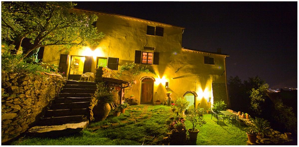 Casale rustico di 8 vani in vendita a calci villa sant - Giardino rustico ...